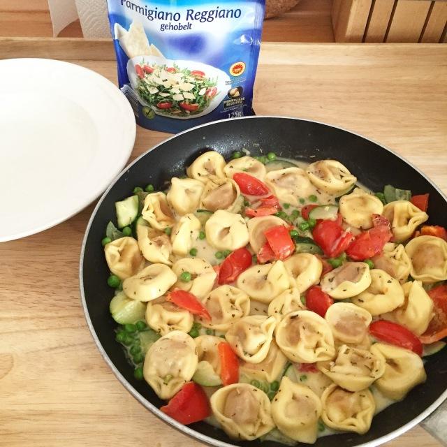 Tortellini-Gemüse-Pfanne